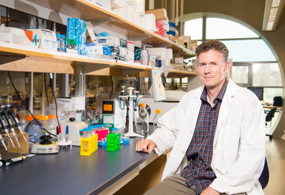 Dr. Robert Holt of BC Cancer to receive Grand Challenge funding from Cancer Research UK